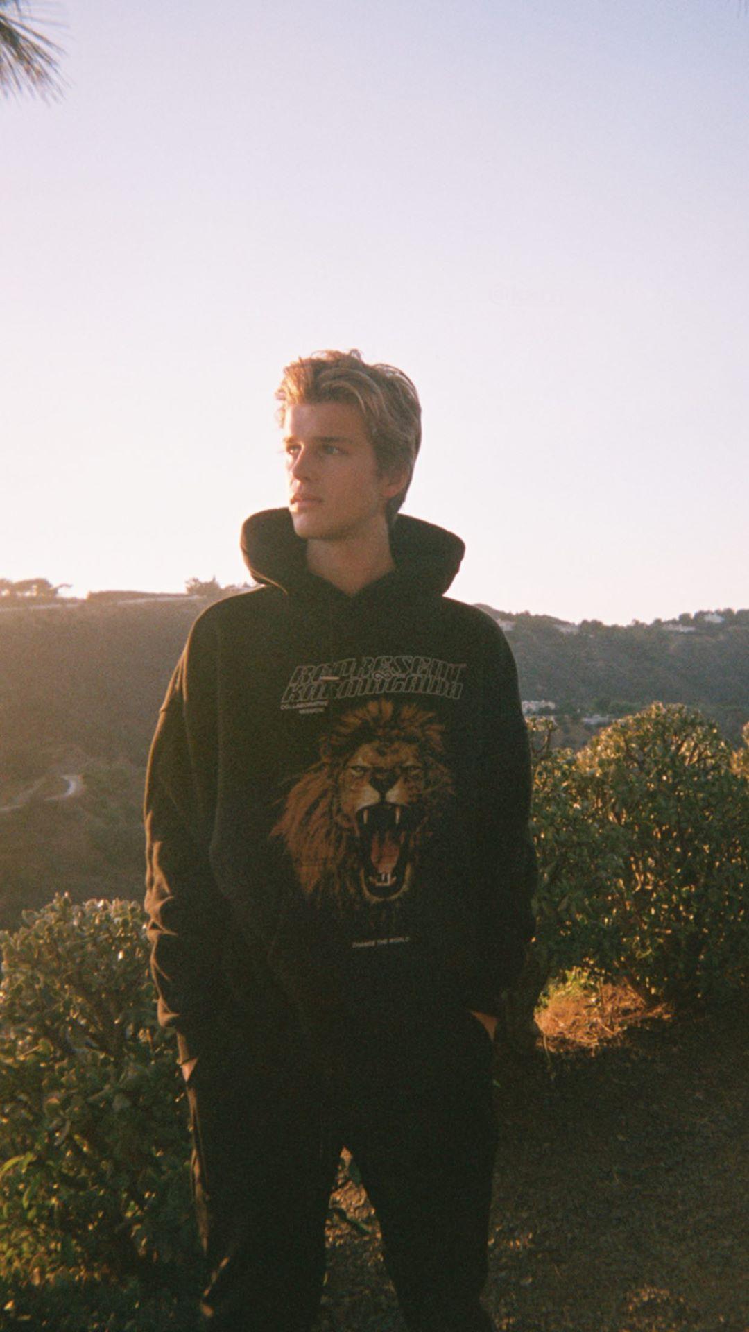 General photo of Alex Lange