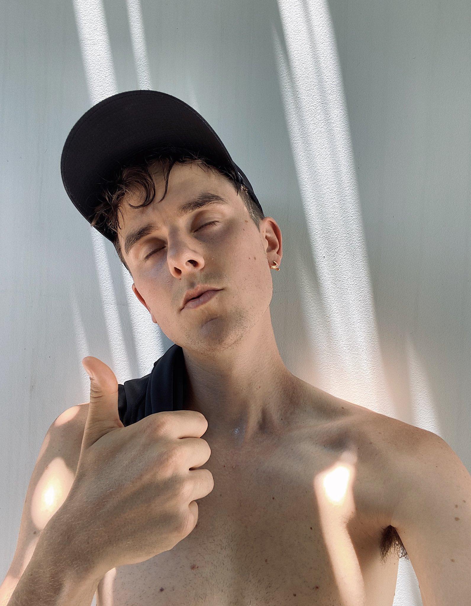 General photo of Connor Franta