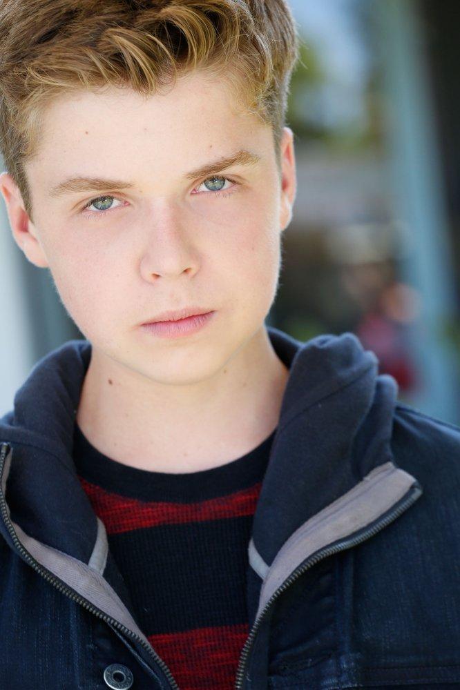 General photo of Evan Roe