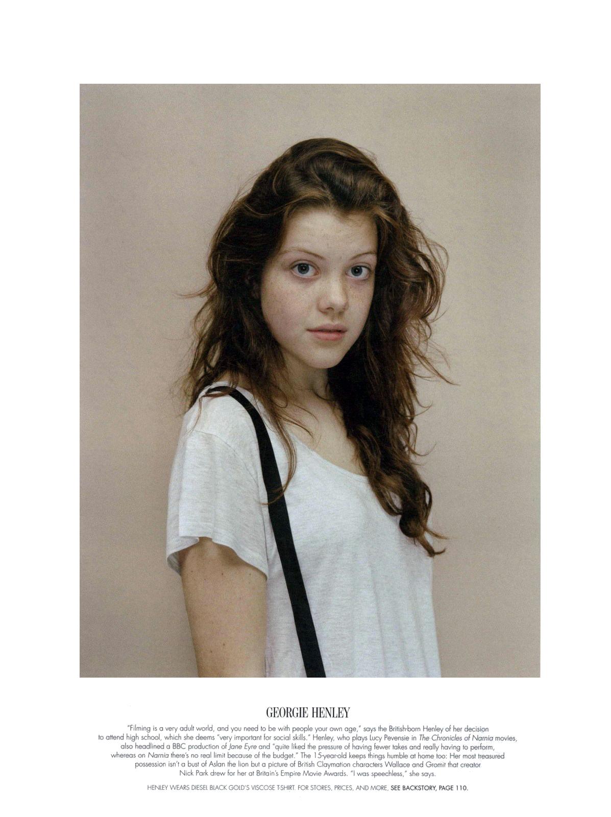 Georgie Henley - Wallpaper