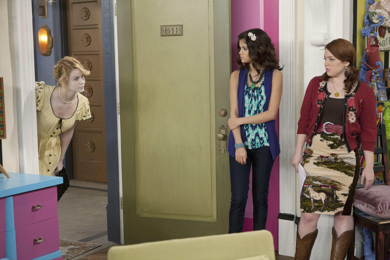 Jennifer Stone In Wizards Of Waverly Place Season 4