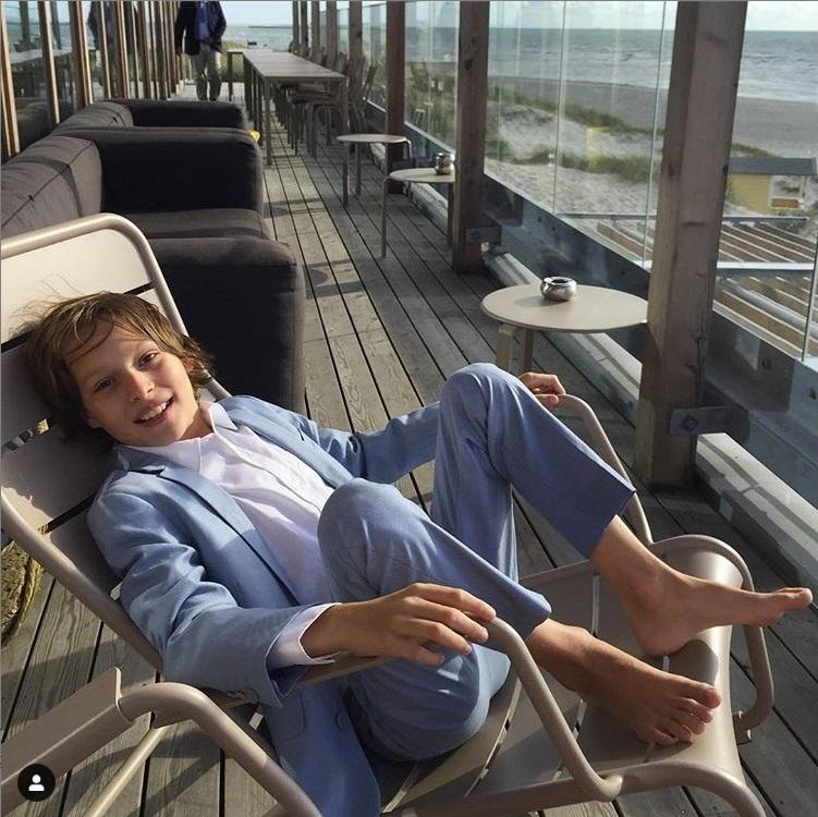 General photo of Julian Grey
