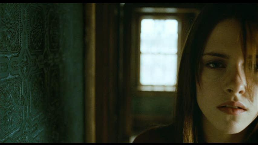 Gallery For > The M... Kristen Stewart
