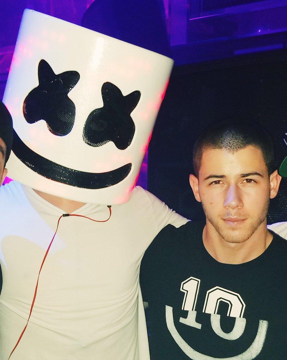 Nick Jonas Teen Idols 12