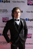 Ryan Ochoa : ryan-ochoa-1577739653.jpg