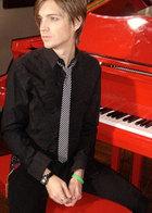 Alex Band : alexband_1255112937.jpg