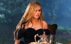 Avril Lavigne : avril-lavigne-1337391289.jpg