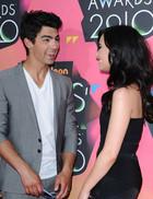 Demi Lovato : TI4U_u1269813680.jpg