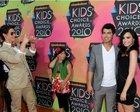 Demi Lovato : TI4U_u1289754108.jpg
