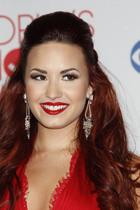 Demi Lovato : demi-lovato-1326483028.jpg
