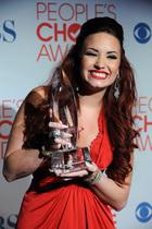 Demi Lovato : demi-lovato-1326483038.jpg