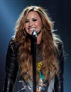 Demi Lovato : demi-lovato-1332008101.jpg