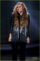 Demi Lovato : demi-lovato-1332008491.jpg