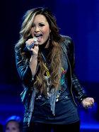 Demi Lovato : demi-lovato-1333649568.jpg