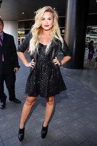 Demi Lovato : demi-lovato-1347031501.jpg