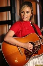 Demi Lovato : demi-lovato-1383718168.jpg