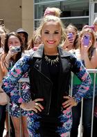 Demi Lovato : demi-lovato-1384381564.jpg