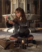 Emma Watson : emma-watson-1339183528.jpg