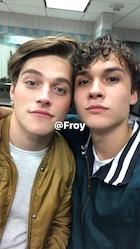 Froy : froy-1506562668.jpg