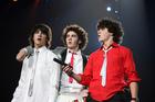 Jonas Brothers : jonas_brothers_1199306785.jpg