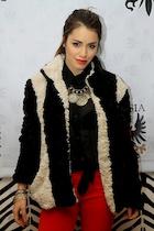 Mariana Esposito : mariana-esposito-1485021913.jpg