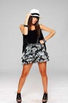 Mariana Esposito : mariana-esposito-1489899421.jpg