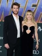 Miley Cyrus : TI4U1566420088.jpg
