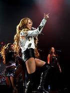 Miley Cyrus : miley-cyrus-1334891037.jpg