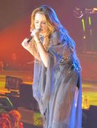 Miley Cyrus : miley-cyrus-1334891069.jpg