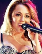 Miley Cyrus : miley-cyrus-1336106411.jpg