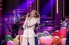 Miley Cyrus : miley-cyrus-1498424706.jpg