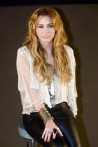 Miley Cyrus : miley_cyrus_1292727456.jpg
