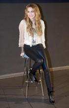 Miley Cyrus : miley_cyrus_1292727469.jpg
