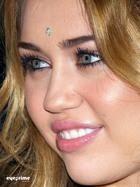 Miley Cyrus : miley_cyrus_1292727505.jpg