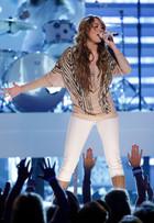 Miley Cyrus : miley_cyrus_1292812705.jpg
