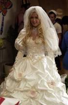 Paris Hilton : parishilton_1286235592.jpg