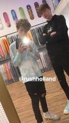 Rush Holland : TI4U1573244432.jpg
