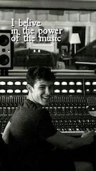 Shawn Mendes : shawn-mendes-1511727121.jpg