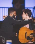 Shawn Mendes : shawn-mendes-1526169602.jpg