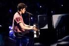 Shawn Mendes : shawn-mendes-1552607521.jpg